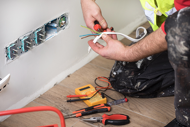 Emergency Electrician in Chelmsford Essex